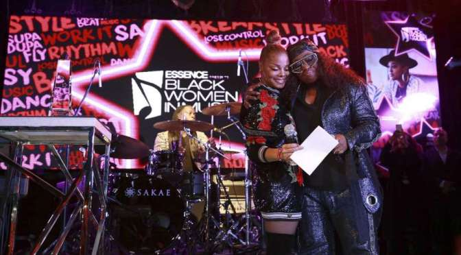 #JanetJackson HONORS #MissyElliott at #Essence Black Women In Music event! [vid]