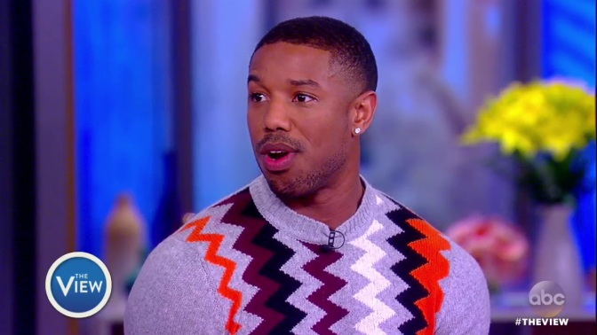 #MichaelBJordan LOSES a bet to #LupitaNyongo-must do PUSH-UPS on COMMAND! [vid]