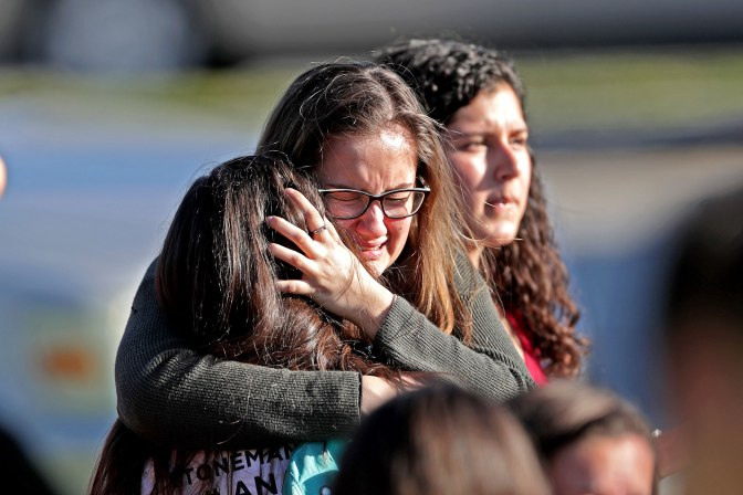 #Parkland Shooting- 17 killed in a Florida High school! Shooter APPREHENDED [vid]