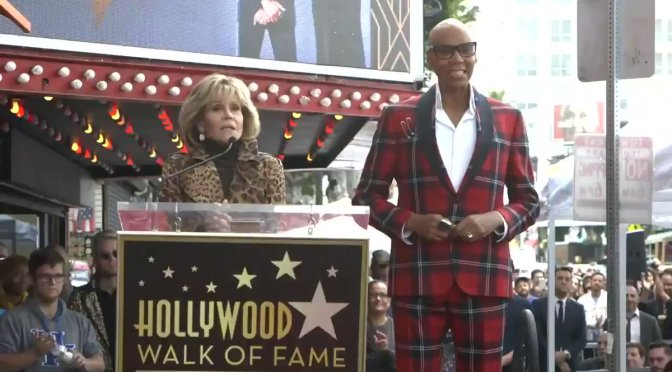 #RuPaul RECEIVES a STAR on the #HollywoodWalkofFame! [vid]