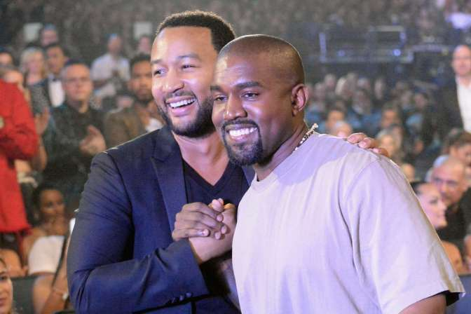 #JohnLegend texts #Kanye PRIVATELY about #Trump tweets–Kanye posts the convo! [details]