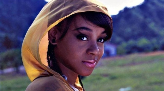 Remembering Lisa #LeftEye Lopes! [vids]