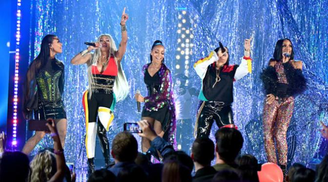 WATCH: #SaltnPepa reunite with #EnVogue at #BBMAs! [vid]