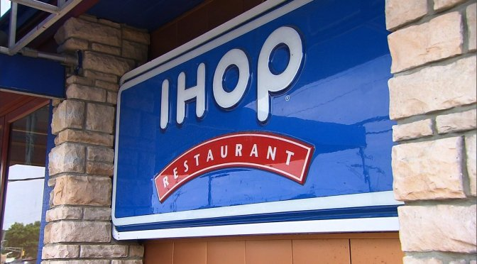 #IHOP server uses 'NIGGA' on customer receipt-APOLOGIZES with a $10 gift card! [details]