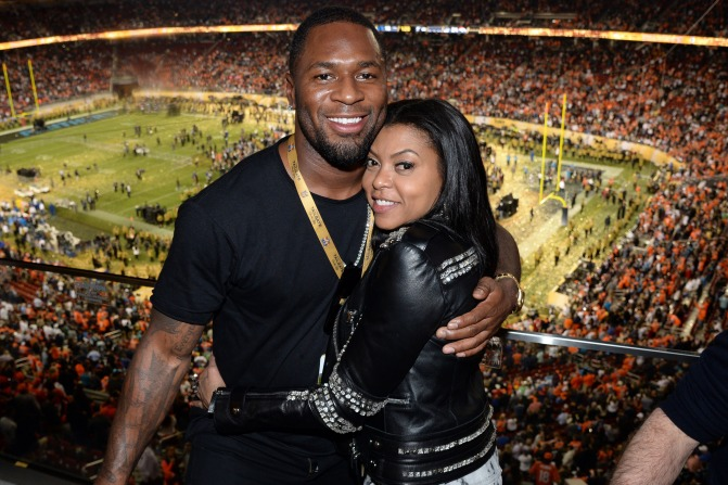 Put A Ring On It! #TarajiPHenson ENGAGED to NFL star #KelvinHayden! [details]