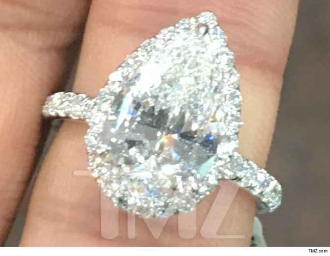 #PeteDavidson DROPPED 100K on #ArianaGrande engagement ring! [details]