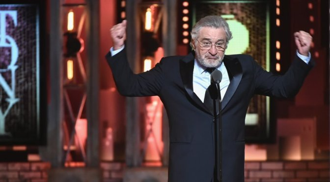 #RobertDeniro says 'F*CK TRUMP' at the #TonyAwards! [vid]