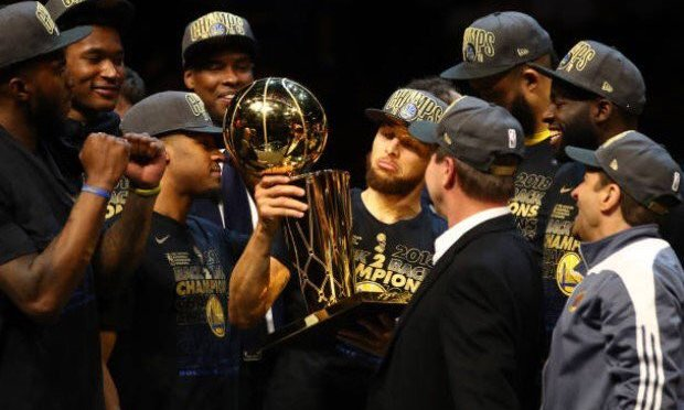 #GoldenState SWEEP the #Cavs for 3rd #NBA title in 4 years! [details]