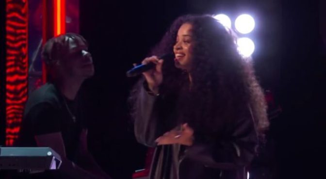 #BETAwards 18: #EllaMai sings 'Boo'd Up' LIVE! [vid]