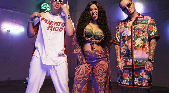 #CardiB becomes the 1st female rapper with 2 Billboard Hot 100 #1 singles! [details]