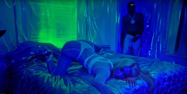 NEW VIDEO: #IggyAzalea 'Kream' feat. #Tyga [vid]