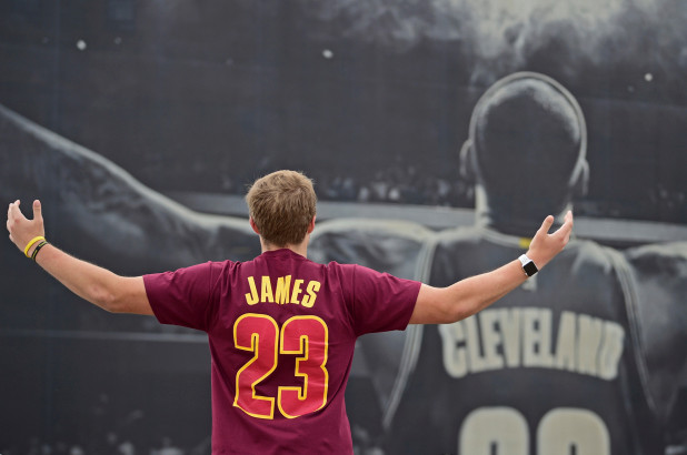 Guess what #Cavs fans are doing to #LebronJames jersey in Cleveland! [vid]