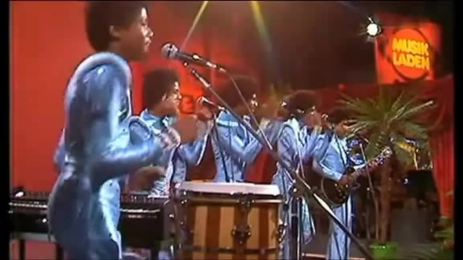 WAKE UP JAM: #TheJacksons 'Show You The Way To Go' [vid]