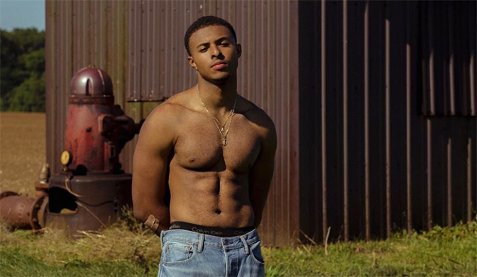 #DiggySimmons drops THIRST TRAP pic and new music TOO! [vid]