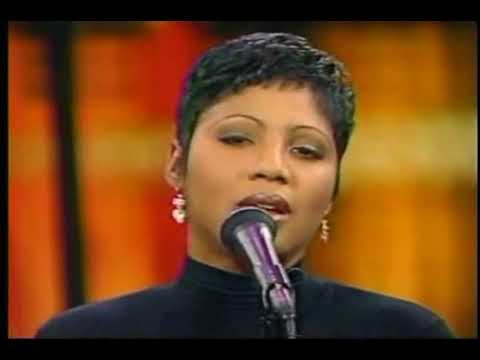 #FlashbackFriday: #ToniBraxton and ALL the Braxton sisters singing 'Breath Again' [vid]