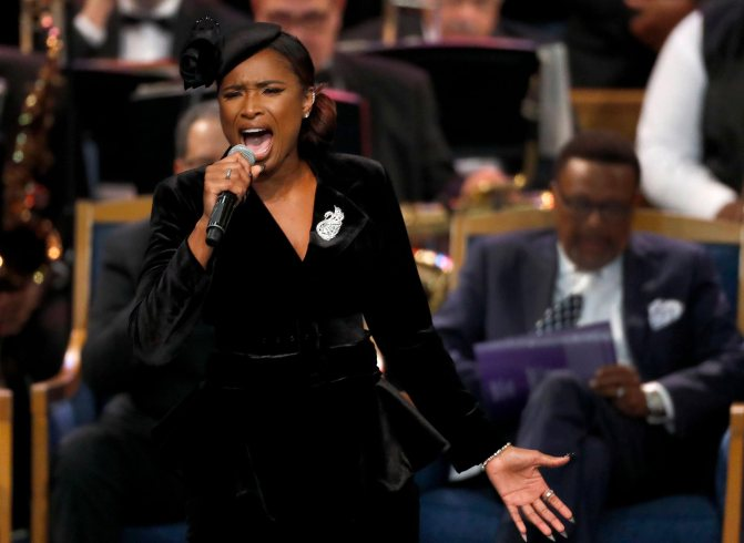 #ArethaHomegoing: #JenniferHudson brings out the TEARS with 'Amazing Grace' [vid]