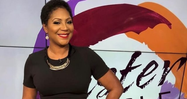 #SisterCircle AXES one co-host in favor of #TrinaBraxton! [details]