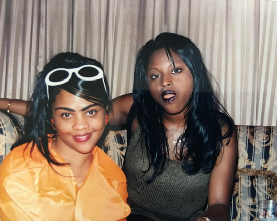 SO… #LilKim put #FoxyBrown on to rap for #Nas back in the day!? [vid]