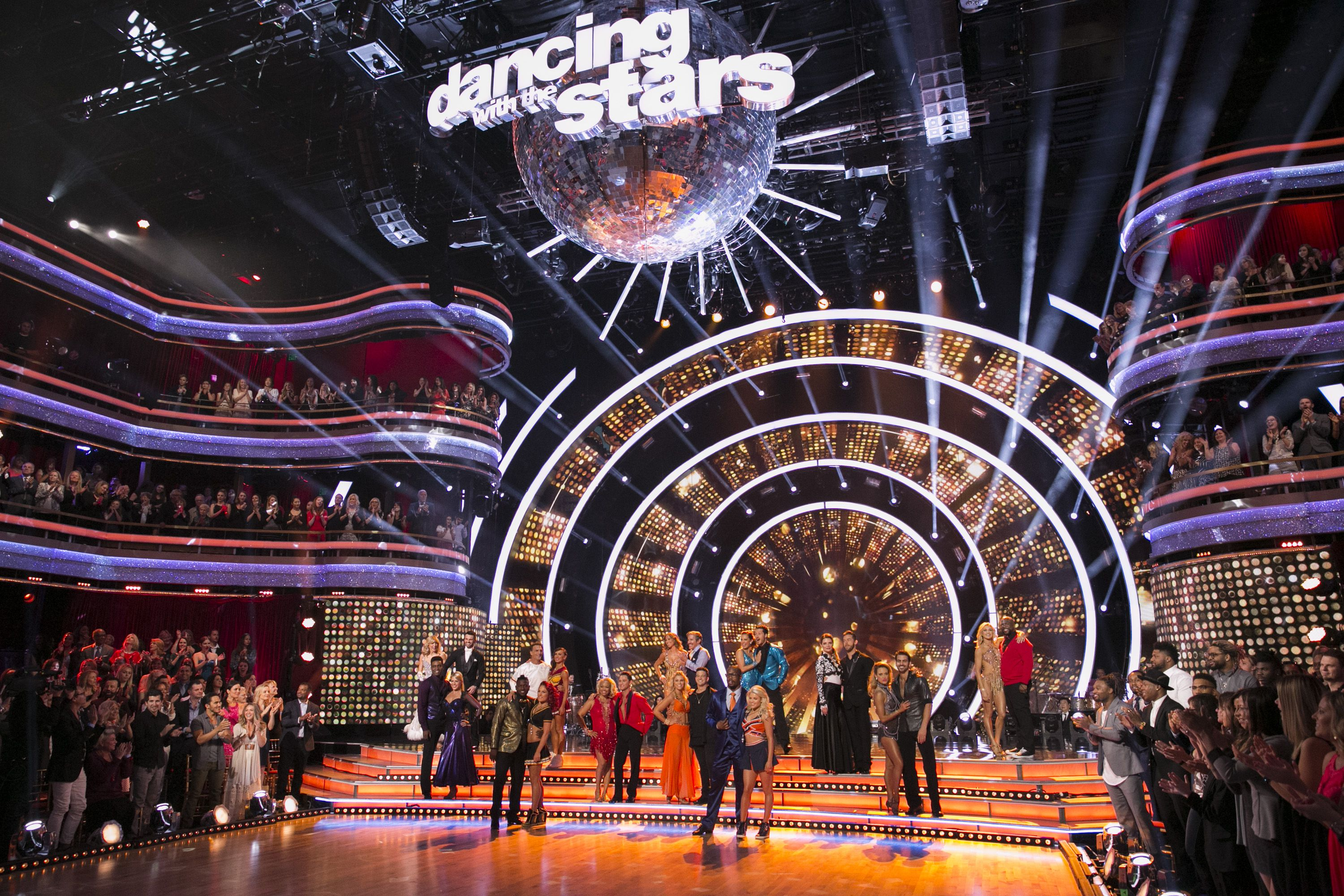 dancing-with-the-stars-2018-cast-judges-1533761267