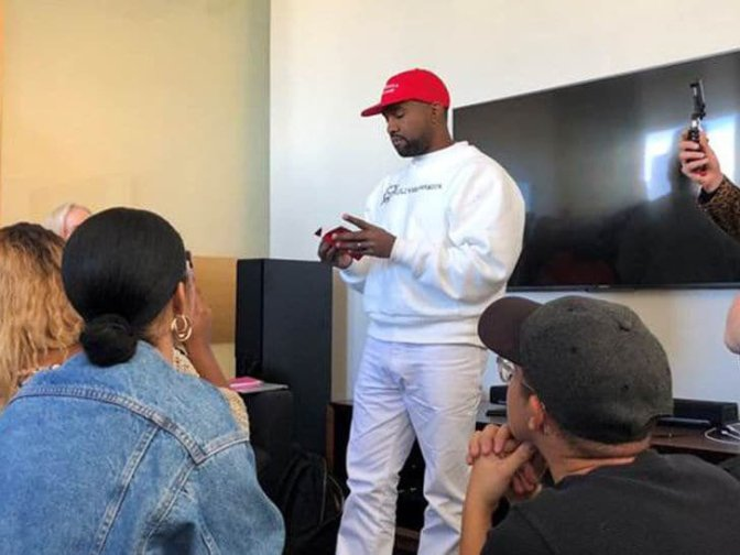 STAR TRACKS: #KanyeWest does PRESS with #MAGA hat on and #Kaepernick sweatshirt!? [pic]