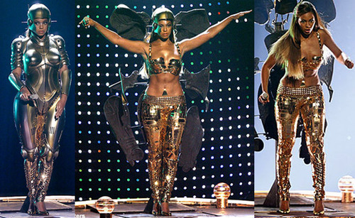 WAKE UP JAM: #BeyDay #Beyonce 'Get Me Bodied' [BET Awards 2007]