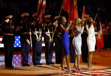 2006-NBA-All-Star-Game-Kelly-Rowland-Beyonce-Michelle-Williams-Destiny's-Child