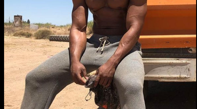 GUESS WHO? Guess the ACTOR here with the MASSIVE Pecs and Arms!!?[pics]