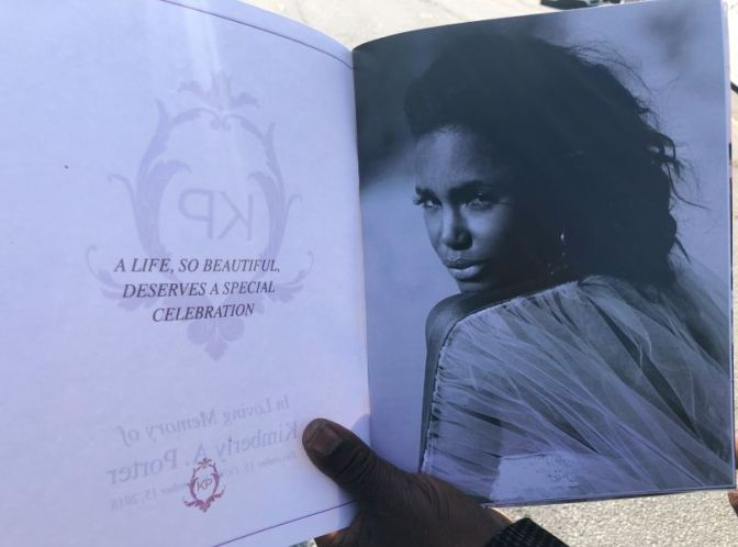 #KimPorter Funeral: #FaithEvans PERFORMS 'His Eye Is On The Sparrow' [vid/pics]