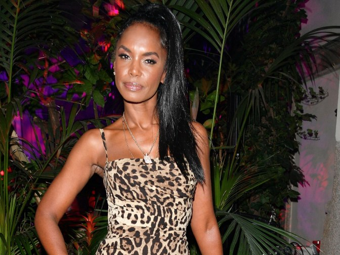 Celebs #Rihanna #Drake #NickiMinaj and MORE REACT to the passing of #KimPorter! [vids]