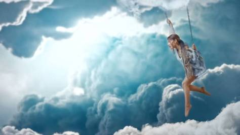 rs_1024x576-181107091412-ariana-grande-breathin-music-video-3