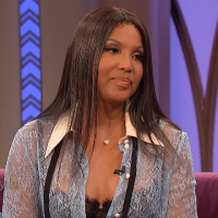 #ToniBraxton REVEALS which sister whill be her MAID OF HONOR! [vid]