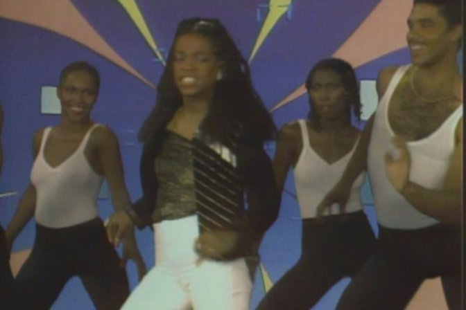 WAKE UP JAM: #EvelynChampagneKing 'I'm In Love' [vid]