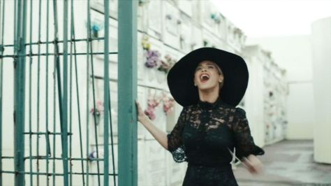 54bc9d2b0b09d_-_hbz-beyonce-video-05-heaven-screenshot