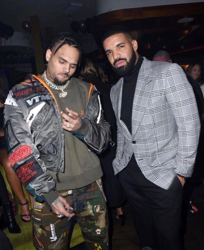 STAR TRACKS: #Drake & #ChrisBrown rung in the New Year together! [pic]