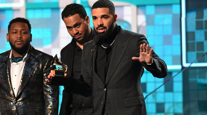 #Drake SHADES the #Grammys while accepting a Grammy. Mic gets CUT off! [vid]