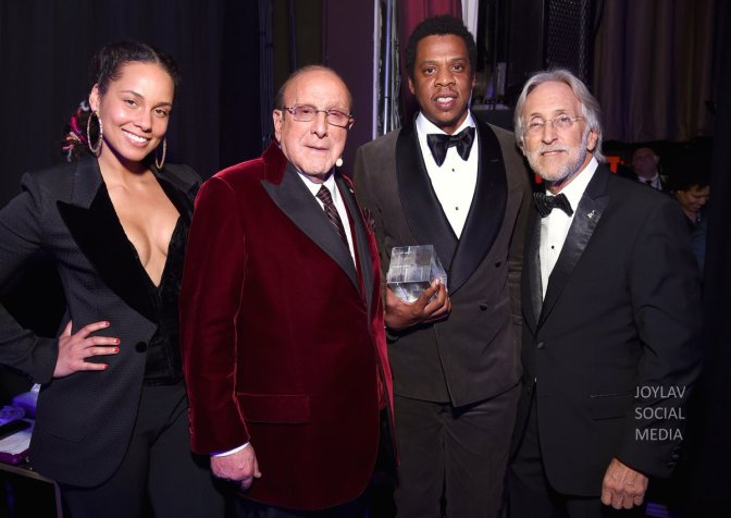 #Grammys: #CliveDavis Annual Pre-Grammy Gala with#TravisScott JazmineSullivan #NancyPelosi and MORE! [vid]