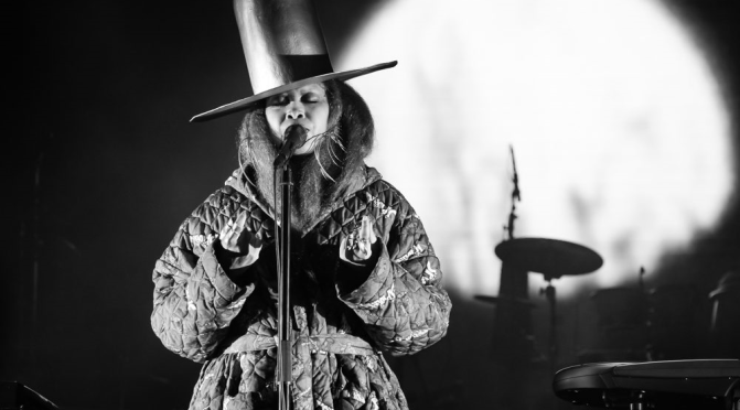 WAKE UP JAM: #HBD #ErykahBadu 'Danger' [live]