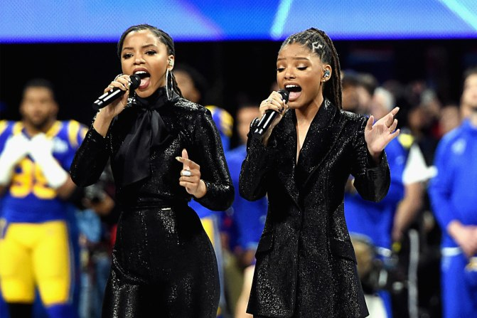 #SuperbowlLIII: #ChloexHalle performed 'America the Beautiful' [vid]