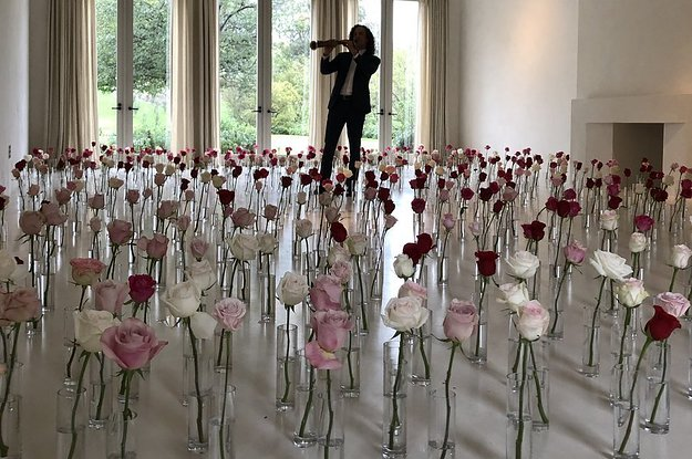 #ValentinesDAY! #Kanye gifts a room full of ROSES & #KennyG! [vid]