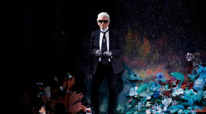 ICONIC designer #KarlLagerfeld has passed away at 85! [details]