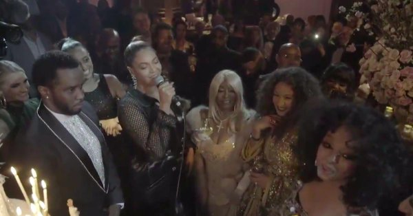 #Beyonce SINGS 'Happy Birthday' at #DianaRoss' 75th Birthday SOIREE! [vid]