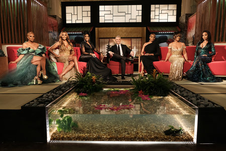 rhoa-reunion-set-koi-pond-1