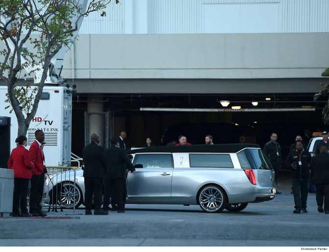 #NipseyHussleFUNERAL PROCESSIONAL happening NOW! You can FEEL the LOVE! [LIVE]