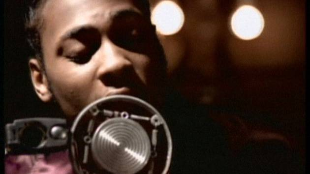 "WAKE UP JAM: #DAngelo ""Me And Those Dreamin Eyes Of Mine""[vid]"