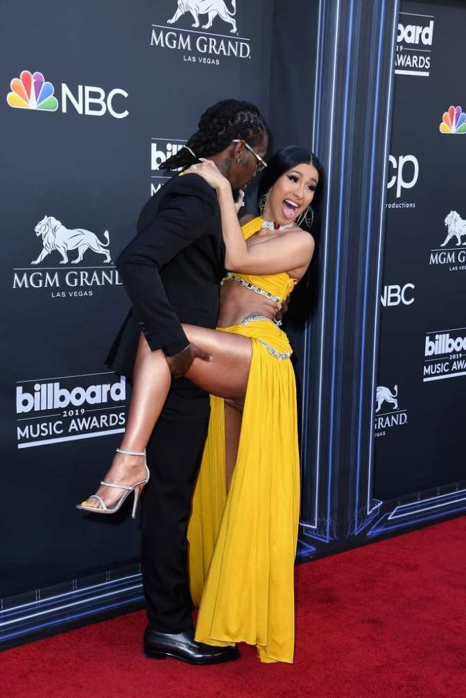 #BBMA: #CardiB sets the record STRAIGHT on her P*SSY in NSFW backstage rant! [VID]