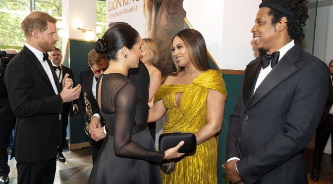 #TheCarters meet #PrinceHarry & #MeghanMarkle at #TheLionKing premiere in London! [Vid]