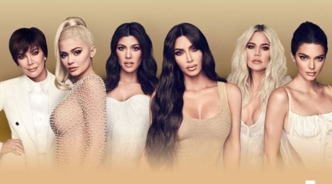 WATCH: #KUWTK season 17 ep 4  'Three's Company' [full ep]