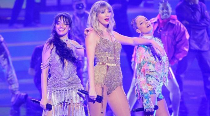 #AMAs: #Taylor Swift performs EPIC medley of hits with #Halsey #CamilaCabello & #MistyCopeland! [Vid]