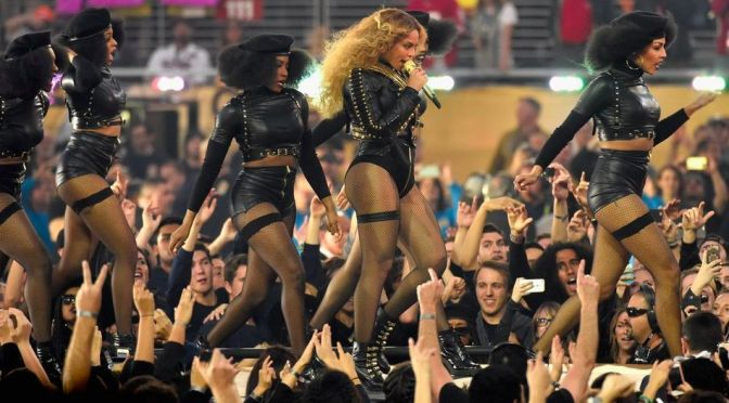 Did you know? #Beyonce used choreo from her #GirlsTyme days for her SUPERBOWL performance! [Vid]