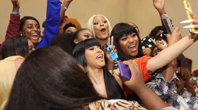 #CardiB partying with strippers and more in Nigeria is EVERYTHING! [VID]